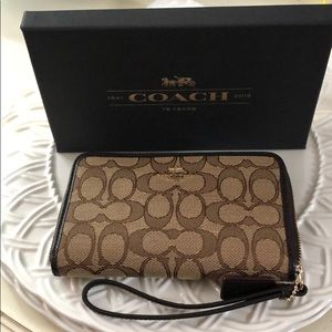 Coach Signature Zip Organizer ~ NWT Khaki/Brown